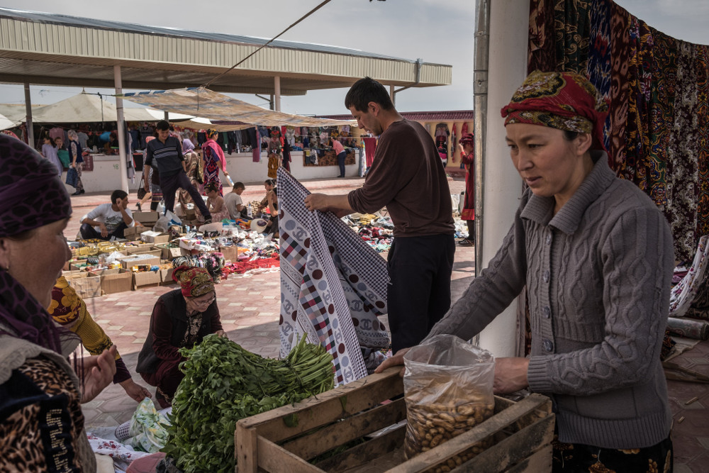 The market in Muynak. Sergey Ponomarev for The New York Times